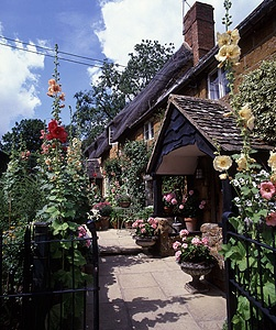 A cottage in village of Ilmington near Stratford on Avon, UK on a summers day