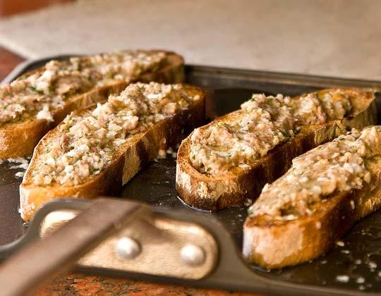 anchovies-on-toast.jpg (540×420) | healthy eatin | Pinterest
