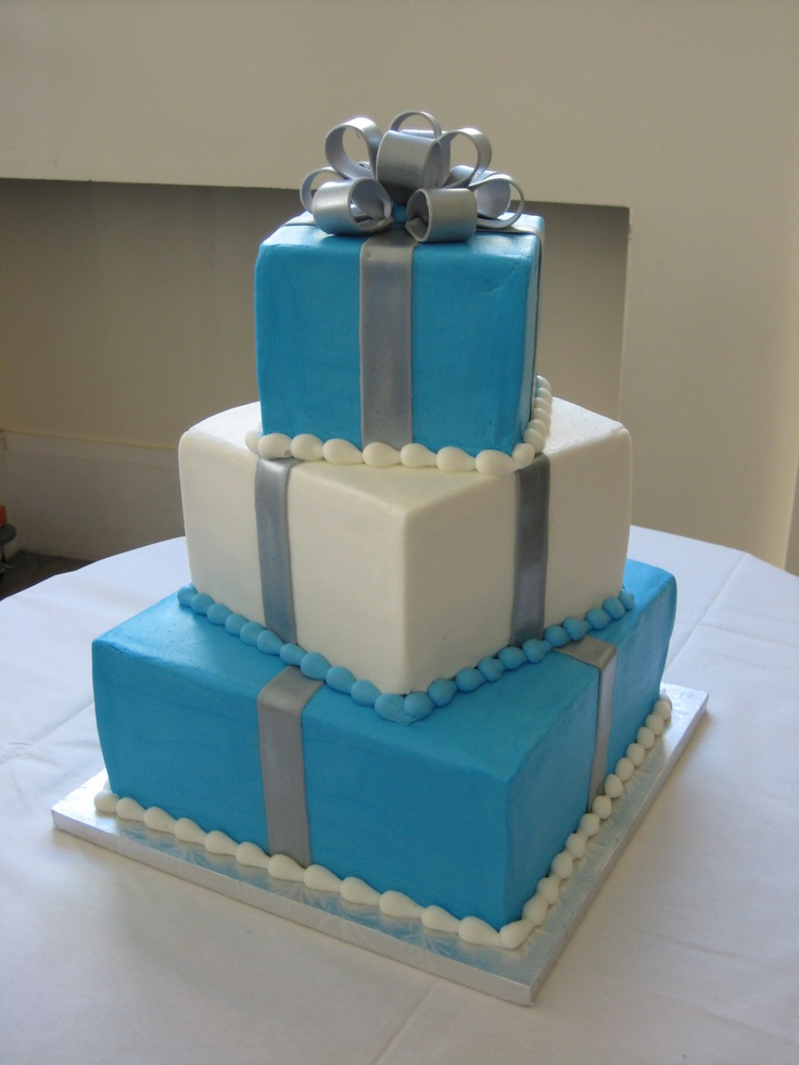 tier square gift box wedding cake sweet 16 ideas Pinterest