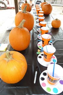 Room Mom Extraordinaire: Painting Pumpkins party