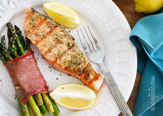 Grilled Garlic Dijon Herb Salmon #grill #fish #salmon #garlic #herb #lemon