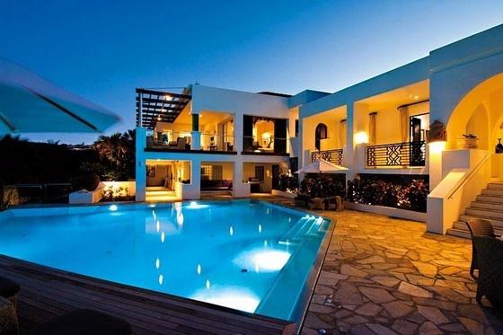 L'Oasis Luxury Holiday Villa in St. Martin | Pursuitist