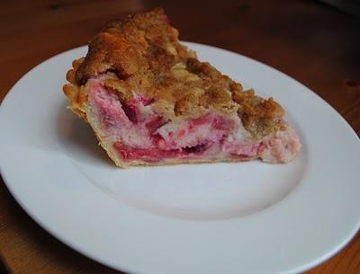 Sour cream rhubarb pie | pies | Pinterest