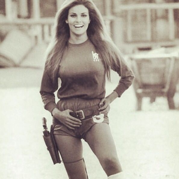 Raquel Welch | Hot | P...