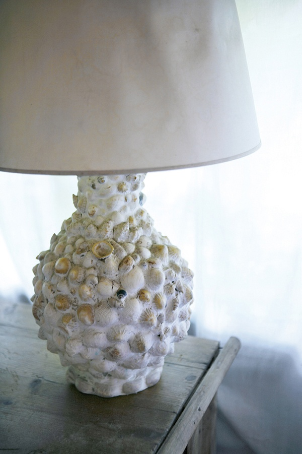 pin by completely coastal on seashell crafts pinterest. Black Bedroom Furniture Sets. Home Design Ideas