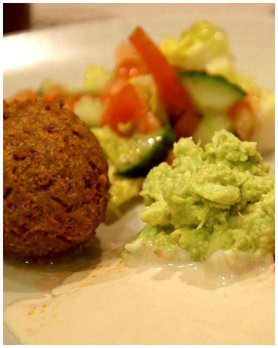 falafel balls (chick peas) served with guacamole. A mexican twist ...