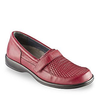 FootSmart Women s Stretchables Sarah Loafers :: Women s Shoes