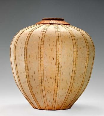 Dona Look | Basket 968.  White birch bark and waxed silk threads.  1996
