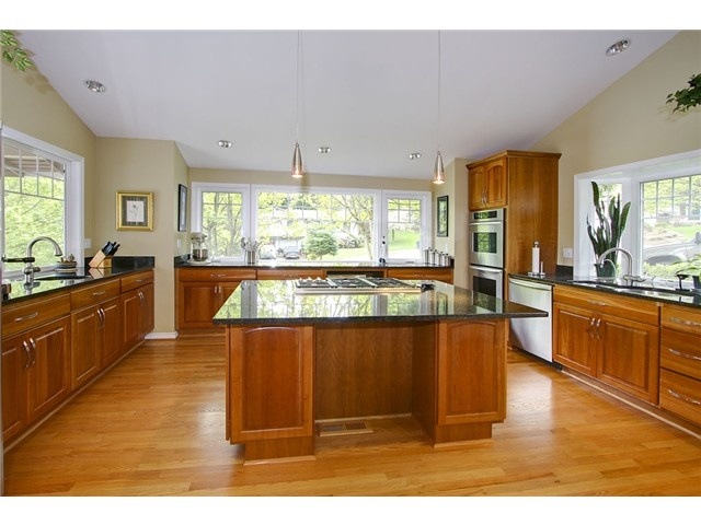 Huge Kitchen With Island Split Level Homes Pinterest