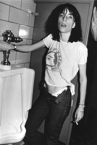 patti smithYoung Patti Smith