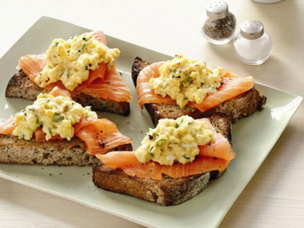 Scrambled Eggs With Smoked-Salmon | KitchenDaily.com