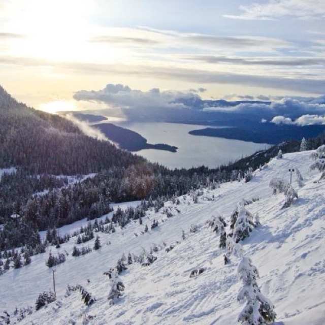 Another gorgeous day at Cypress Mountain