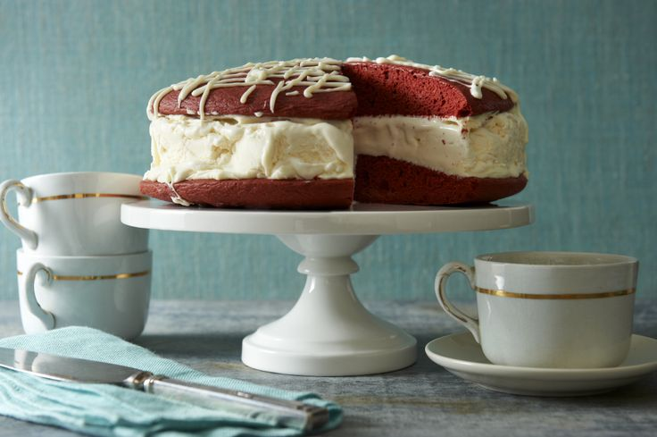 ... Extra Creamy Vanilla sandwiched between red velvet cake & cream cheese