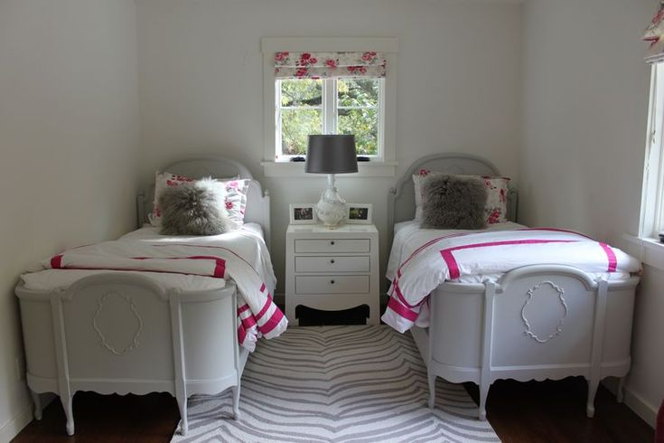 Farmhouse urban bedroom bedrooms iii pinterest for Urban farmhouse bedroom