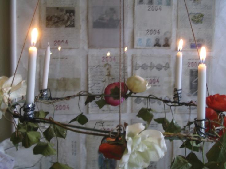 lampadario stoffa : DIY Advent wreath/ chandelier in verdigrissed copper wire... http ...