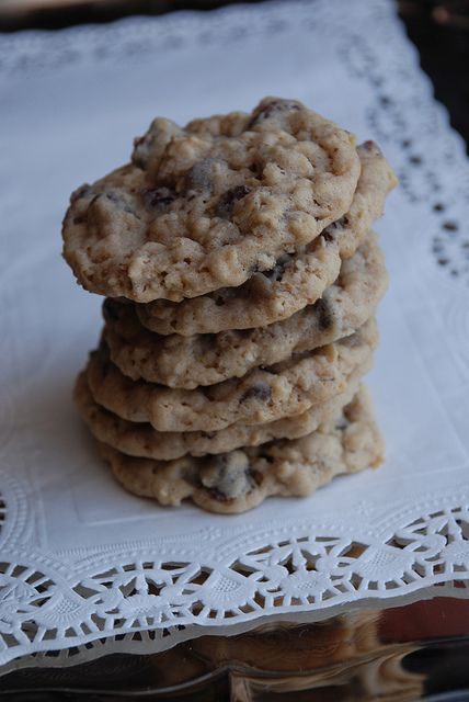 Dark Chocolate Chip Cranberry Oatmeal Cookies from Lovin' from the ...