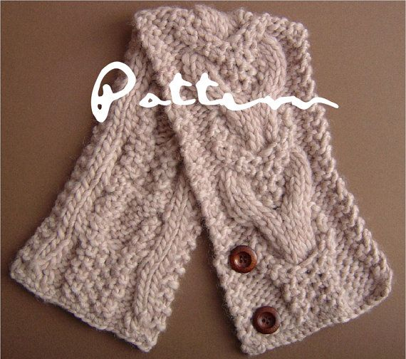 KNITTING PATTERN Neckwarmer Scarf with Horseshoe Cables PDF Digital D?