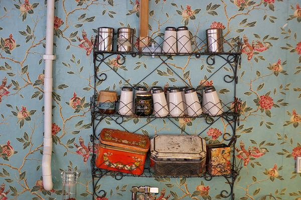 spice racks for mists and glitters......