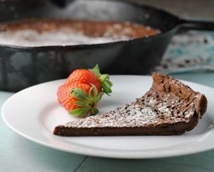Chocolate Dutch Baby ....dessert for less than 120 calories!