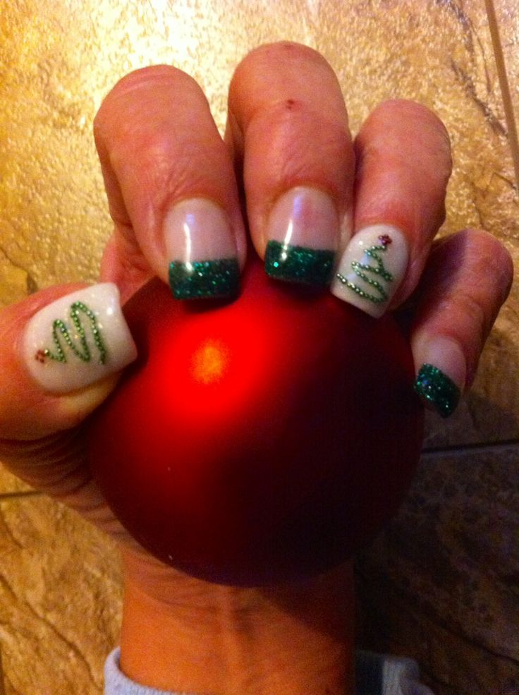 Xmas gel nails | Nails | Pinterest