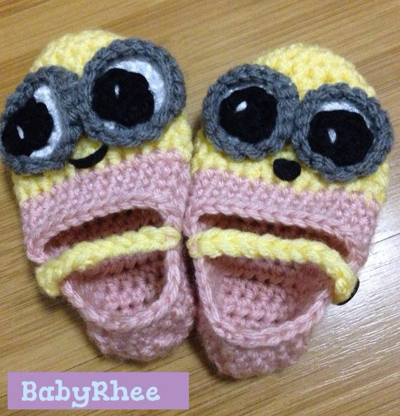 Free Crochet Pattern For Baby Minion Slippers : Minion Slippers - Crochet baby/toddler shoes
