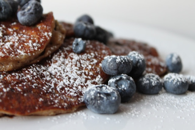 Blueberry-Oatmeal Buttermilk Pancakes | Always Time For Breakfast | P ...