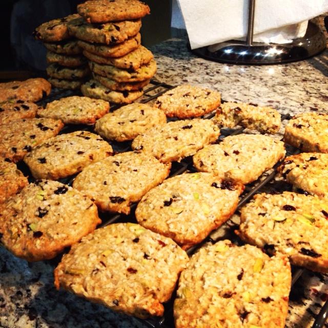 Oatmeal Currant Cookies Recipe — Dishmaps