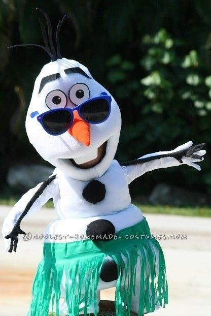 Coolest Frozen Snowmen Costumes Olaf and Marshmallow Couple Costumes... Halloween Costume Contest