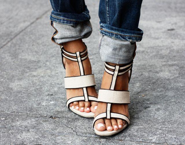 Rachel Zoe linen/leather sandal