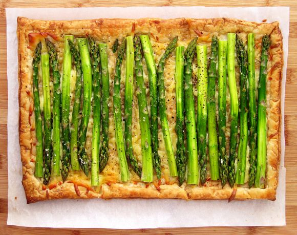 Asparagus Gruyere Tart | Appetizers and Small Plates | Pinterest