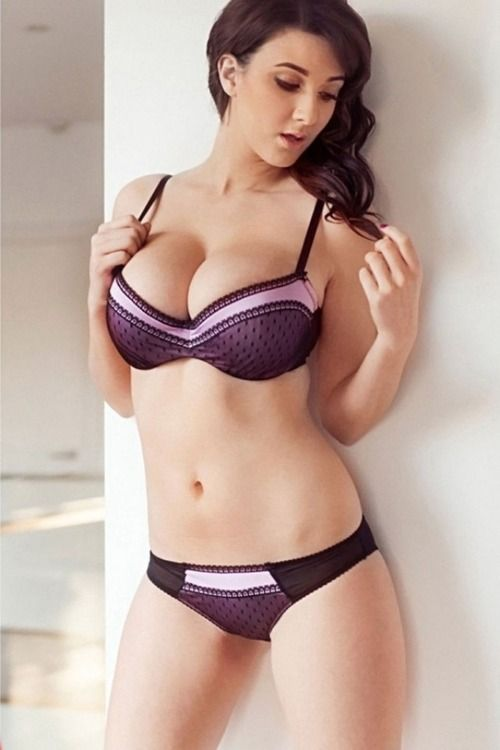 Joey Fisher | Curvalicious | Pinterest