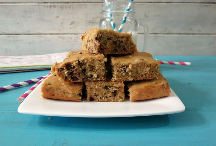 Chocolate Chip Quinoa Snack Cake - A healthy, gluten free snack cake ...