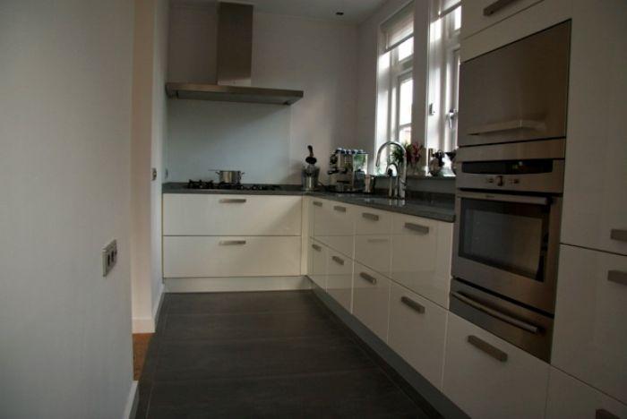 Witte Hoogglans Keuken Met Wit Blad : Found on keukenmodel.nl