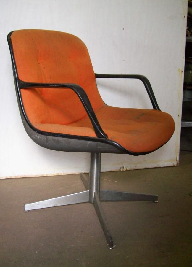 Steelcase office chairs 70s retro mi casa pinterest for Vintage 70s chair