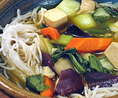 Andreas Easy Vegan Cooking: Hot and sour soup