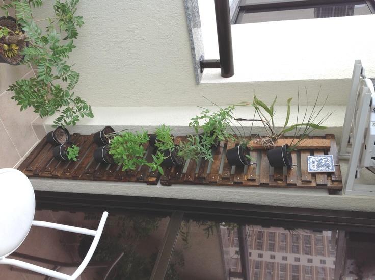 horta jardim vertical:Jardim vertical: horta