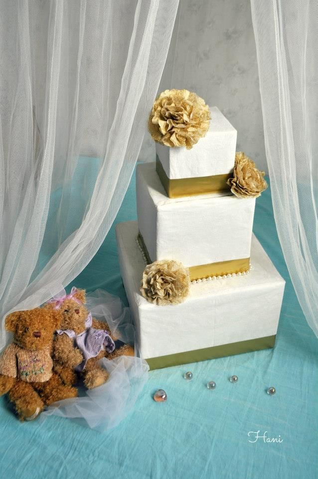 DIY Card Box Wedding : DIY Wedding Card Box (Wedding Cake Shaped)