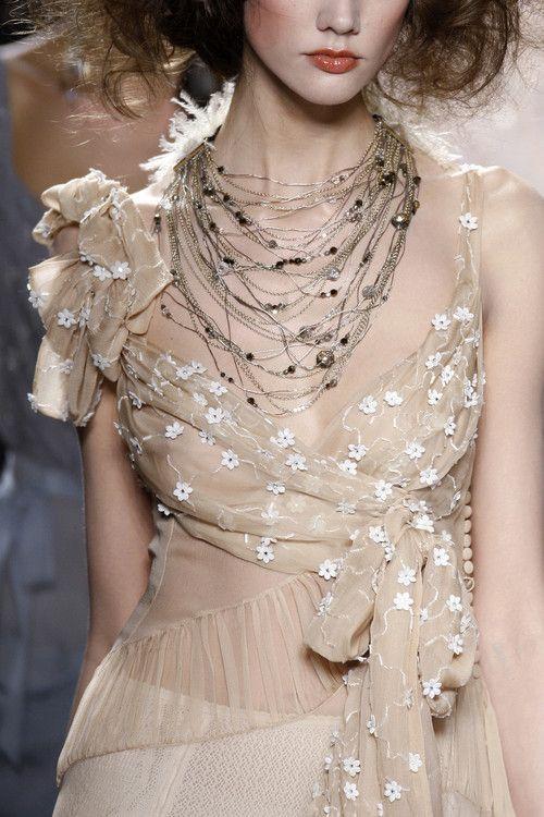 #Christian Dior.