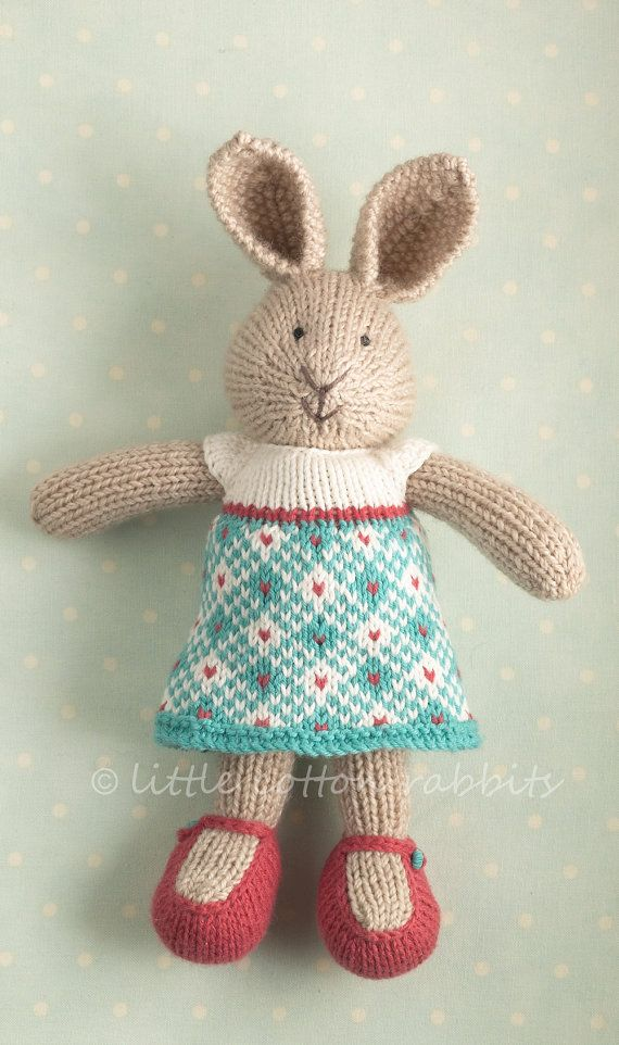 Knitted Rabbit Pattern : Pin by Susan Davis on Knitting toys Pinterest