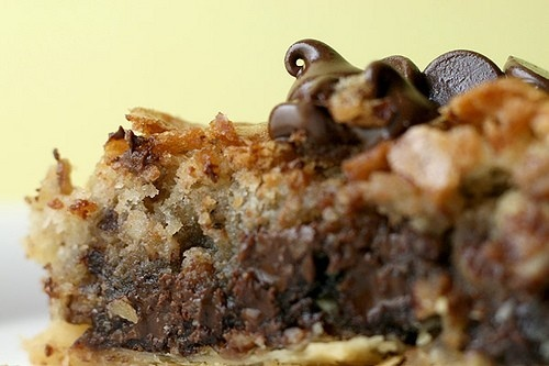 Deep dish chocolate chip cookie pie... | Food and Recipes | Pinterest