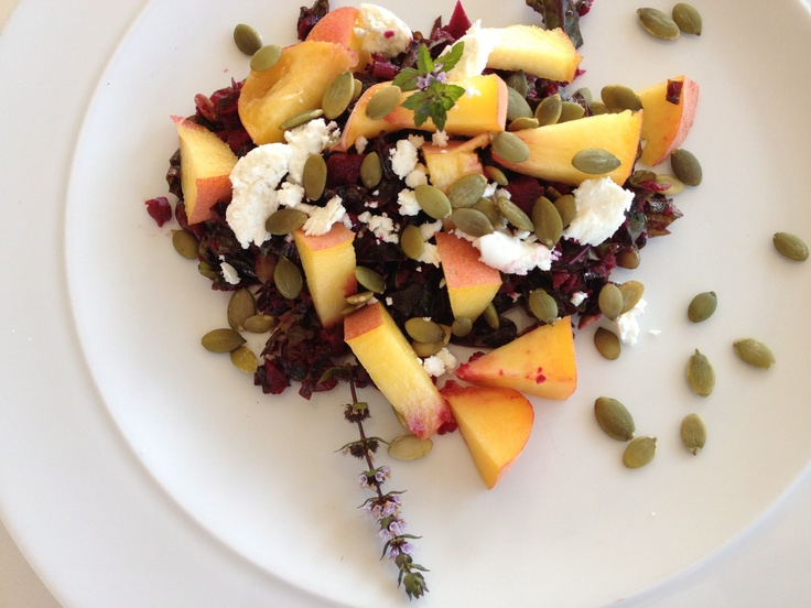 Kale, beet salad with peaches, creamy goat cheese and orange honey ...