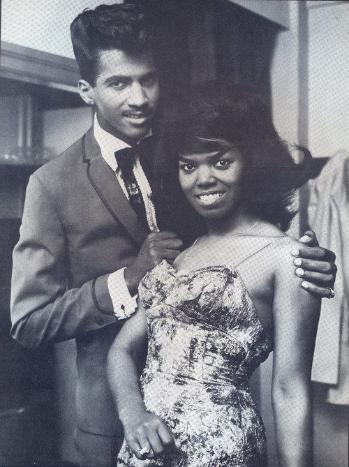 Brother & sister duo, Charles & Inez Foxx