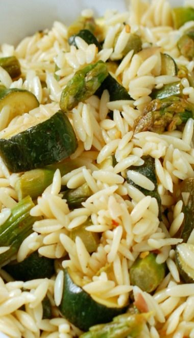 Orzo Pasta Salad with Asparagus and Zucchini | Recipe