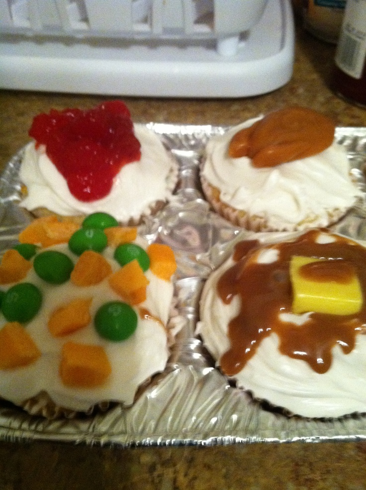 Thanksgiving cupcakes Cranberry sauce: sugar free jelly with red fruit ...