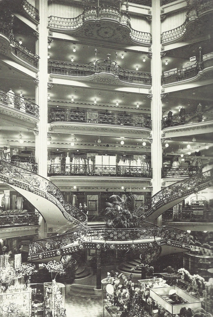 fantomas-en-cavale: Les magasins du Printemps, Paris, 1924 This is amazing!
