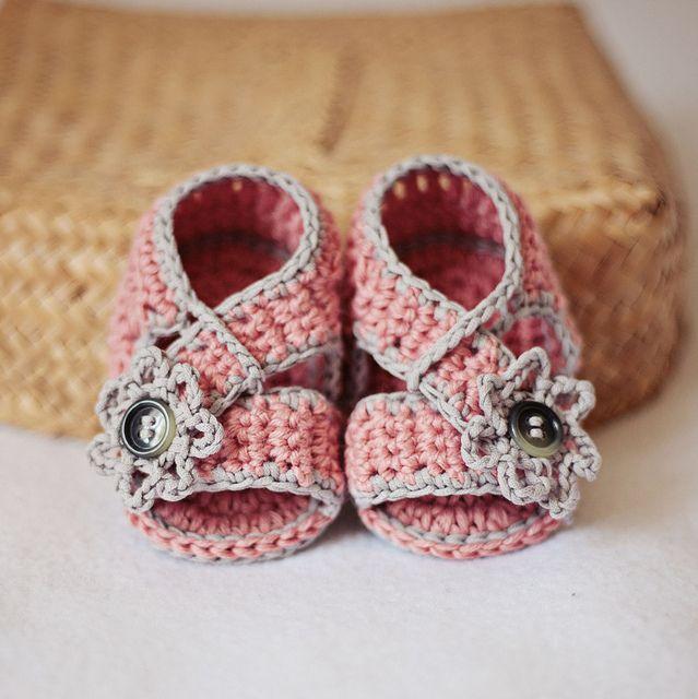 Diagonal Strap Sandals #crochet #booties