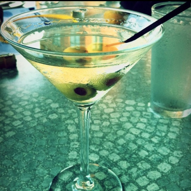 Extra Dirty Martini. | 5 O'Clock SoMeWheRe | Pinterest