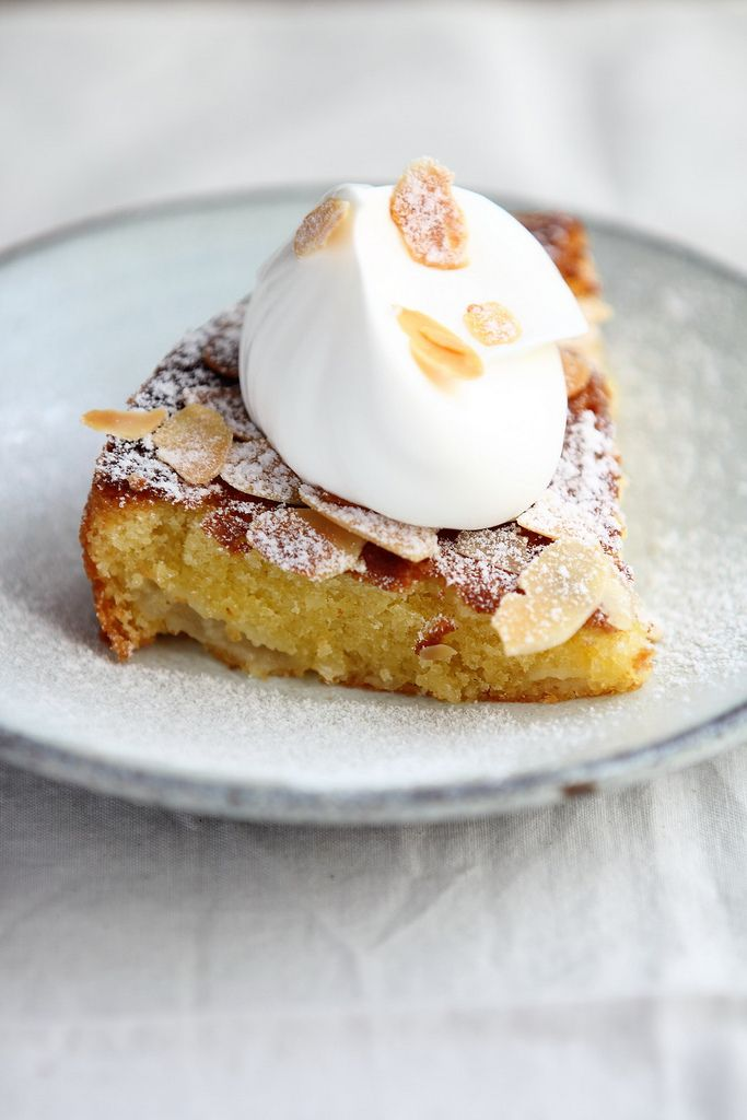 Almond Pear Cake with Cream | FoodPhotography | Pinterest