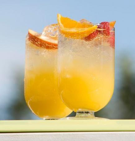 ... sodas, honeyed lemonade tea punch, watermelon lemonade and strawberry