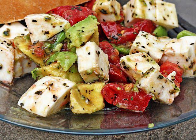 avocado/tomato/mozzarella salad